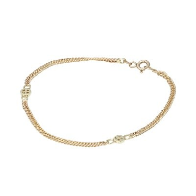This 14K yellow gold designer link bracelet is beautiful on it's own, next to your watch or teamed up with other bracelets for a layered look. The bracelet weighs 2.5grams.