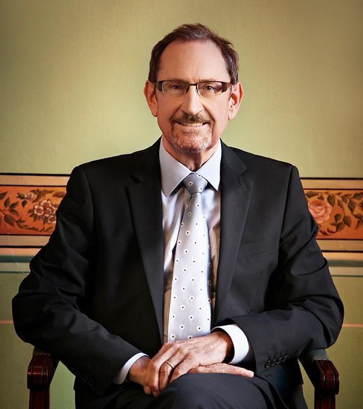 Dr Petré Prins